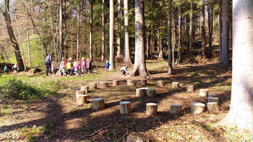 Pomoč pri pripravi gozdne igralnice